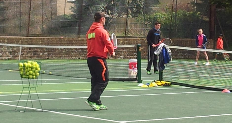 Tennis coaching at Tetbury Tennis Club